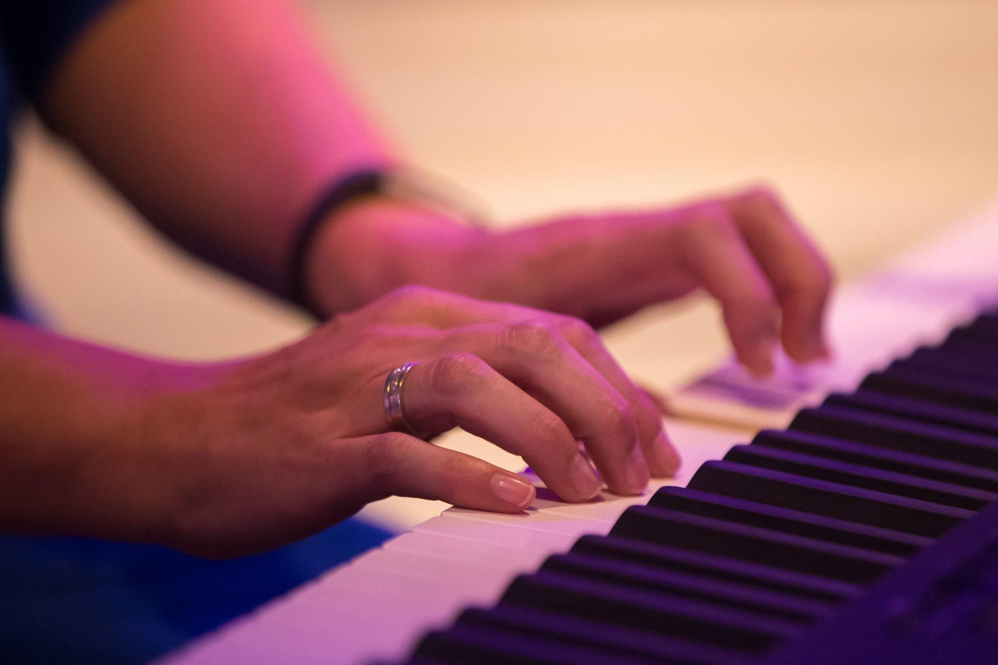 Pianodocent – Keyboardleraar Daniël Roos
