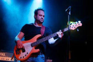 Jesse Brock - docent gitaar / bas